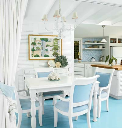 10 ways to acheive a coastal kitchen design for Key west style kitchen designs